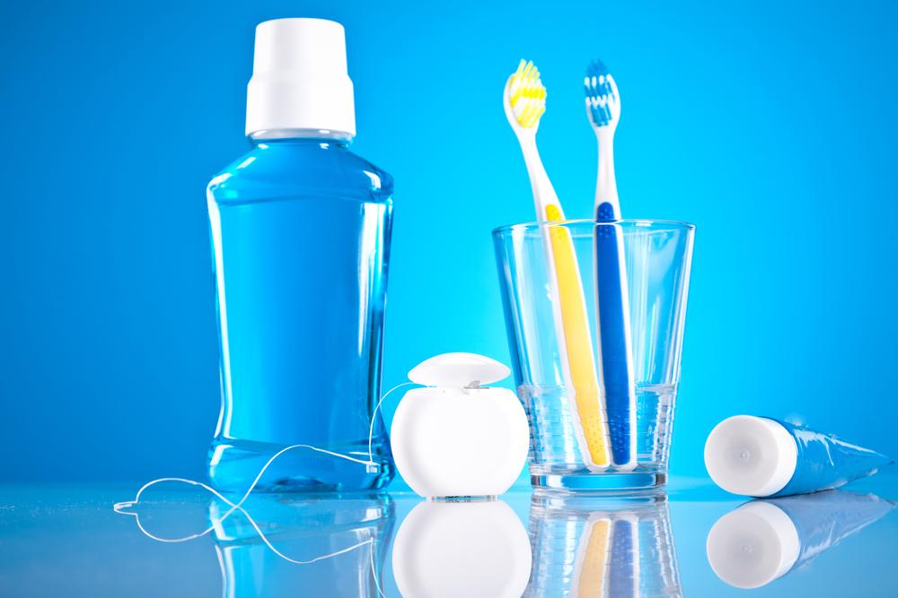 Resultado de imagen para toothpaste and mouthwash