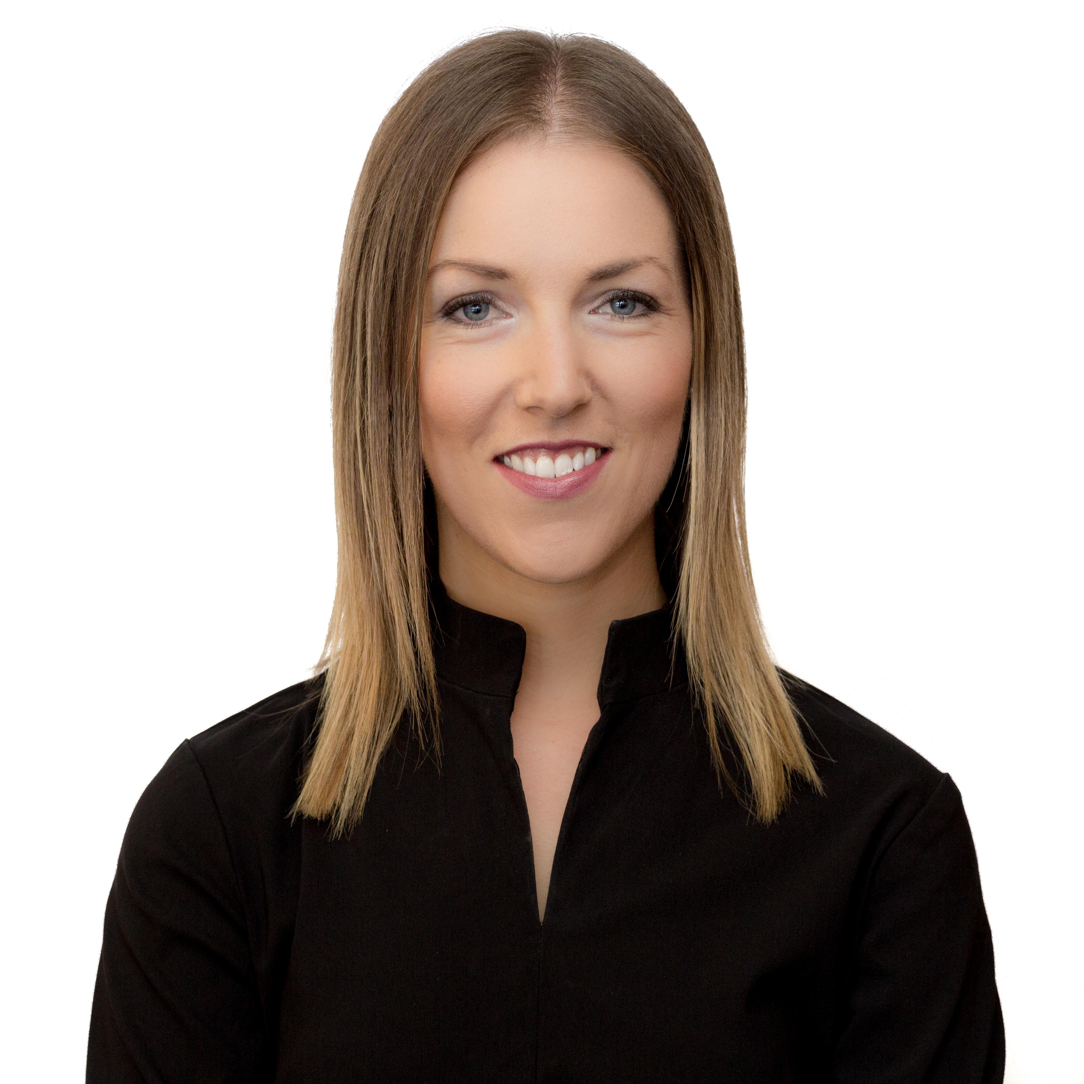 Dr Claire McCullough